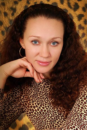Camelia Dating beautiful single women from Russia and Ukraine; best marriage agency; dating with ukrainian women; meet the woman of your dream; Ukrainian and Russian brides; dating site; international marriage agencies.